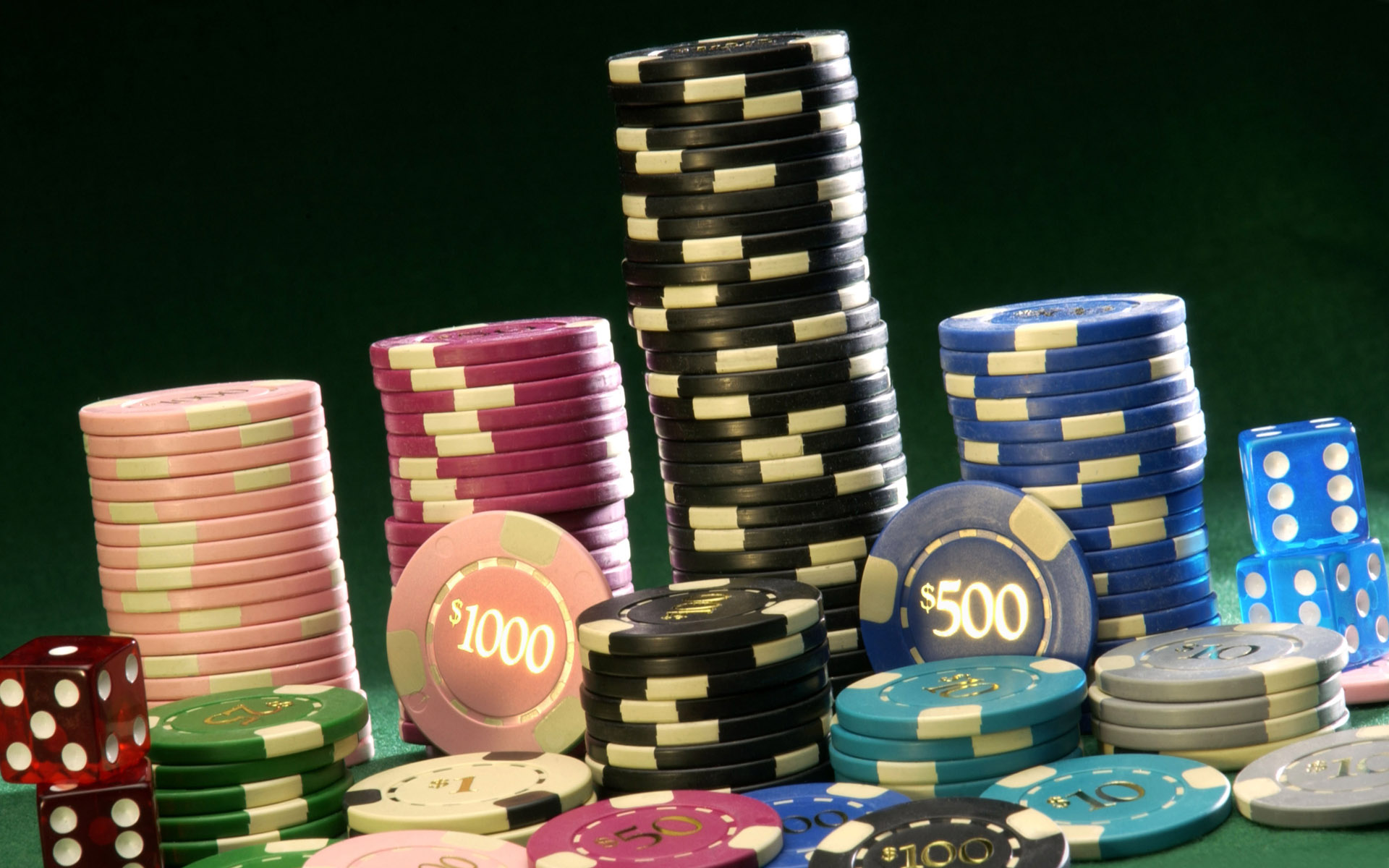 What are the general aspects of the live casino games?