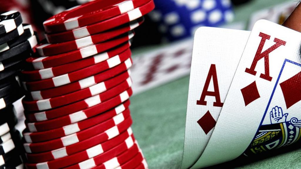 Play baccarat game find a good online casino for yourself online bonuses plus promotions when you search for online casino gaming sites one thing that you must look for is good sign up bonuses solutioingenieria Choice Image