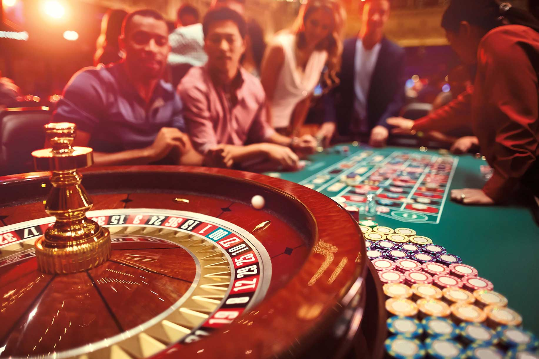 Is it safe to play the games and slot machines online?