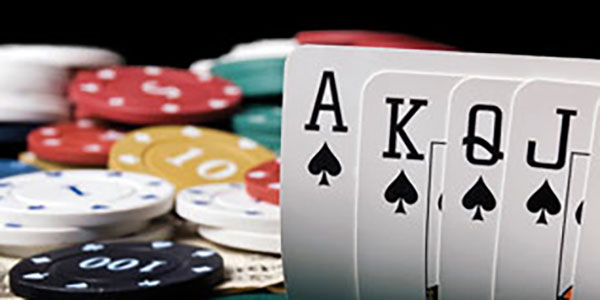 Why Many People Prefer Playing Online Poker